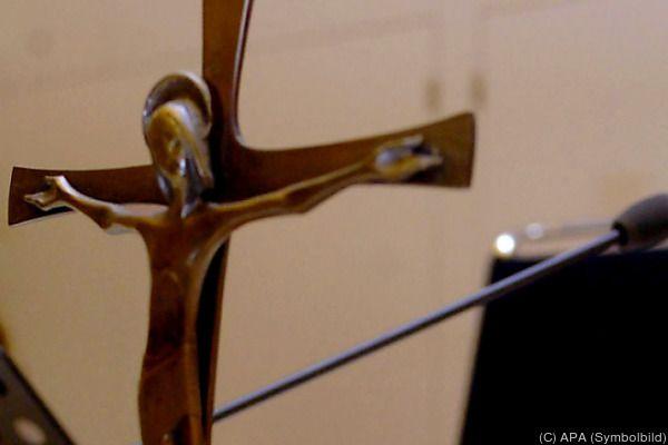 Auch das Kreuz soll gemäß NEOS-Wunsch aus Gerichtssälen verschwinden