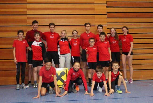 Die Läufer der TS Bregenz-Vorkloster holten bei der Crosslauf-Landesmeisterschaft sechs Mal Gold und je vier Mal Silber und Bronze.