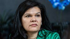 Sandra Schoch fordert Mindestlohn für Friseure