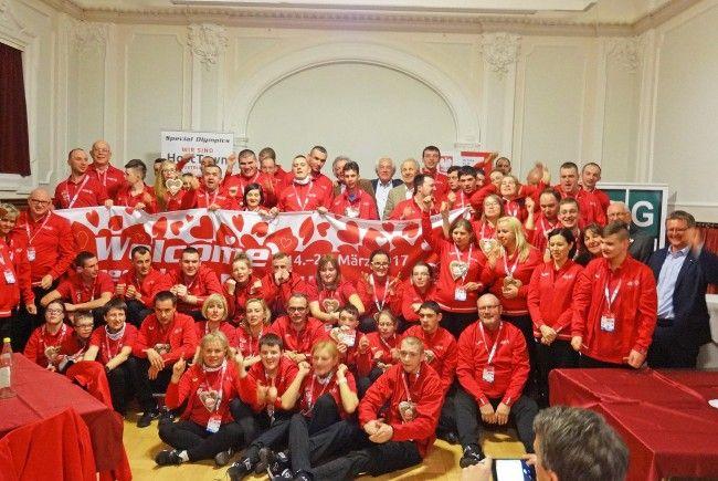 In Zusammenarbeit mit dem Rotary Club Dornbirn und dem RC Vorarlberg organisierten Schüler des BGD ein Willkommensprogramm für die polnischen Athleten.