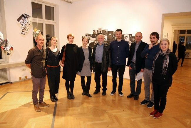 Das Künstlerkollektiv sorgte für großen Andrang bei der Vernissage in der Villa Claudia.