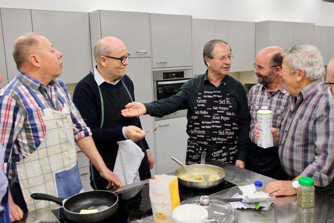 Die Begeisterung der Hobbyköche konnte Albert Ruetz für die türkische Küche wecken.