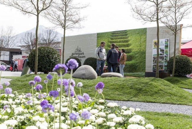 Gleichzeitig mit der Frühjahrsausstellung wird im Messequartier die Eröffnung der neuen Hallen 9 und 11 gefeiert.