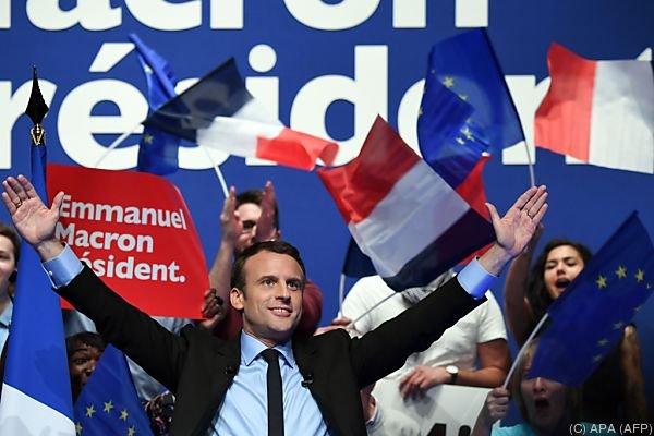 Frankreich Le Pen kündigt Einwanderungs-Moratorium an