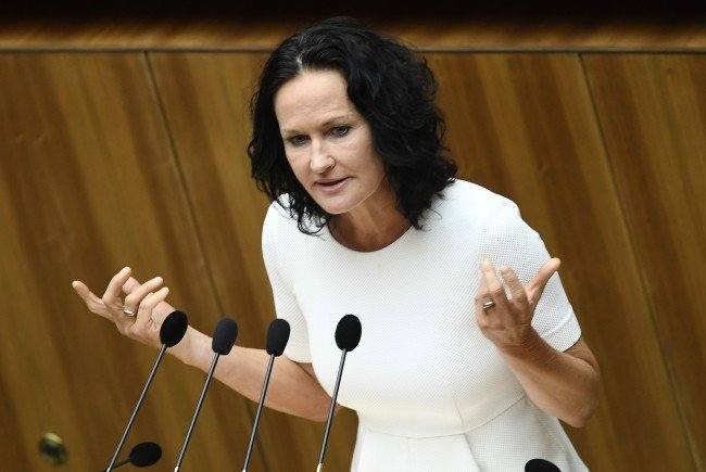 Eva Glawischnig tritt am Freitag vor die Presse.