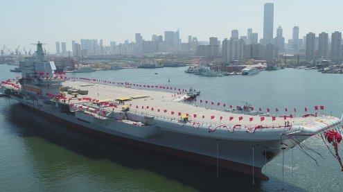 Er schwimmt - China stellt ersten Eigenbau-Flugzeugträger fertig