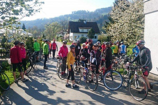 Radteam per pedales: Start zum Einradeln in Gaißau