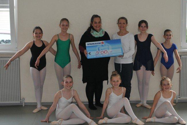 Tänzerinnen Ballettschule Monika / Margaritha Matt