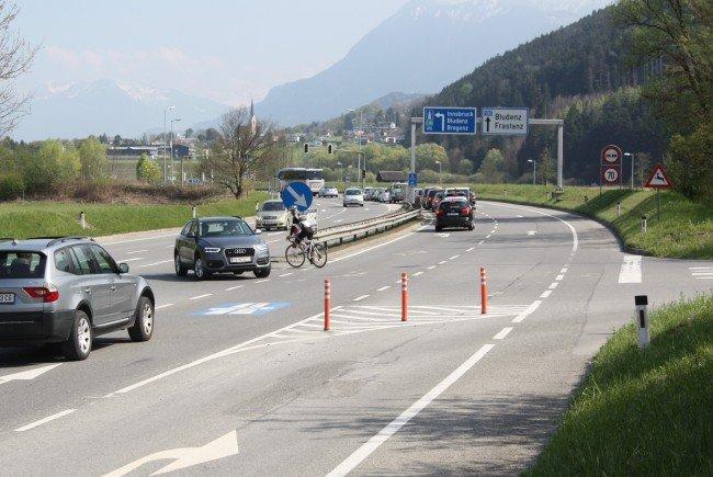 An der Kreuzung Felsenau wird eine neue Ampelanlage errichtet.