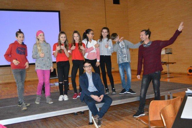 """Kinder und Jugendliche luden im Rahmen des Projektes """"Kinder- und Jugendbeteiligung im Leiblachtal"""" Erwachsene zum aktiven Mitreden und Mitgestalten."""