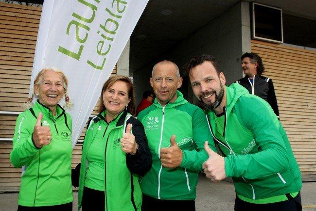 Die Lauftrainer Brigitte Haest, Dagmar Masser, Christof Rauch und Stefan Karnekar sorgen in den verschiedenen Laufgruppen für ein abwechslungsreiches Trainingsprogramm. Auf dem Bild fehlen Peter Hehle und Daniela Fürpass.