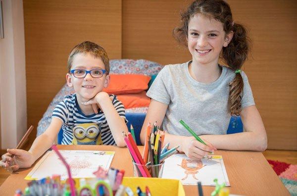 Rebekka und Lukas haben ihre Zeichnungen schon gemacht und im ZIMBAPARK vorbeige-bracht.