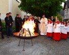Erhebende Osternachtfeier mit Bischof Elmar Fischer