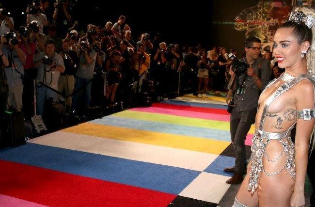 Miley cyrus nacktbilder