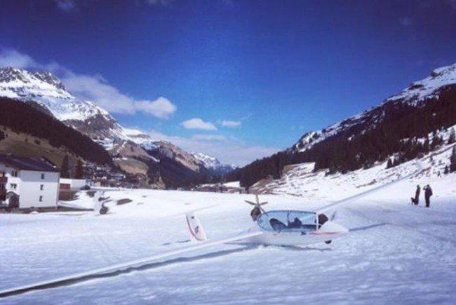 Ein Segelflieger musste gestern in Lech notlanden.