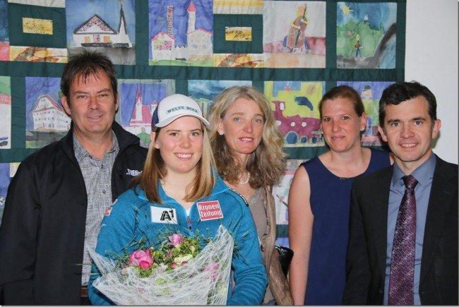 Gemeinde Rankweil und Skiklub Rankweil ehrte Katharina Liensberger