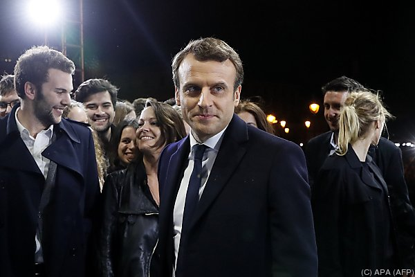 Wahlsieger Macron will gespaltenes Frankreich einen
