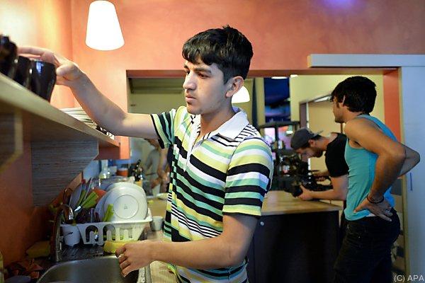 300 unbegleitete Minderjährige im Jahr 2016 in der EU registriert