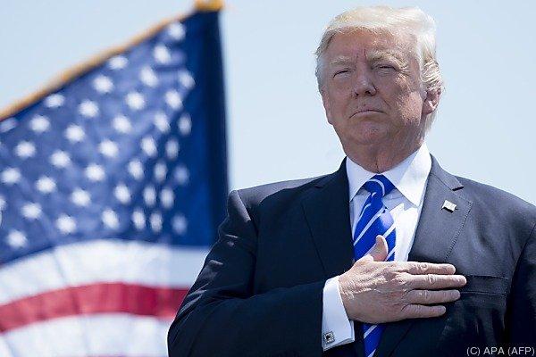 Verbindungen nach Russland Ermittlungen gegen Trumps Berater im Weißen Haus