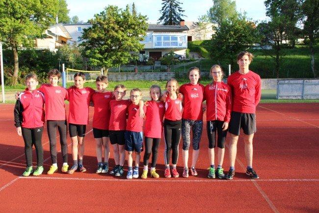 Die Teilnehmer der TS Bregenz-Vorkloster an der VLV-Langstreckenmeisterschaft in Götzis.