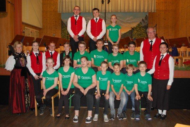 Insgesamt 20 Jungmusiker erhielten an diesem Abend ihre Leistungsabzeichen.