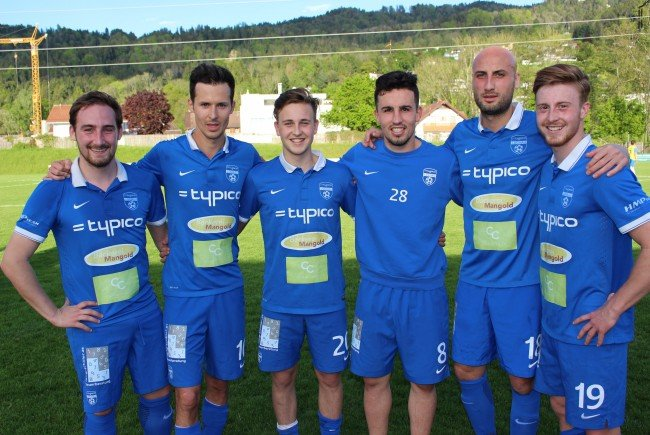 Die erfolgreichen Torschützen des SV Typico Lochau: Fabian Hämmerle (Freistoß), Fabian Fink (2), Kevin Prantl, Robin Lhotzky, Firat Özkarakaya und Patrick Prantl.