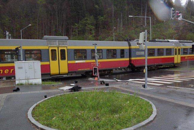 Der Triebzug der Montafonerbahn wurde leicht beschädigt
