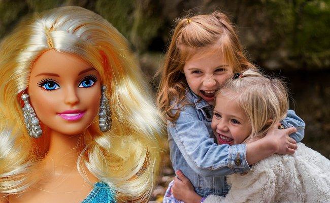 """Curvy Barbie: Kinder spielen lieber mit """"Knochen"""""""