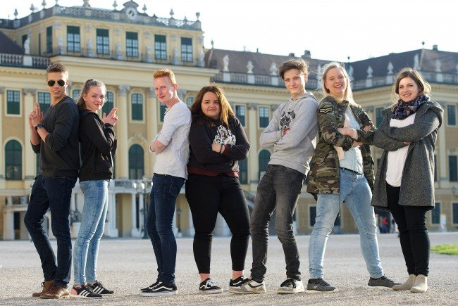 Aaron Dorner, Maria Müller, Sylvian Sigl, Fanny Schütz, Elias Eggenberger, Laura Biberger und Begleiterin Lisa Walter
