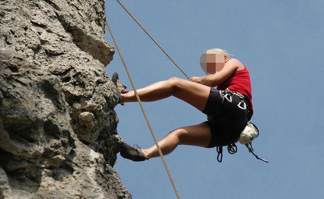 15 Meter abgestürzt – 21-jährige Kletterin schwer verletzt
