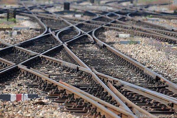 Bahn-Direktvergabe bringt Arbeitsplätze, heißt es