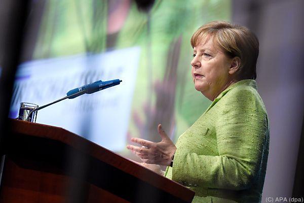 Merkel und US-Handelsminister für neuen TTIP-Anlauf