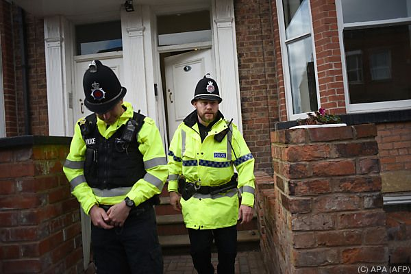 Polizei in Manchester zweifelt an Netzwerk-Theorie