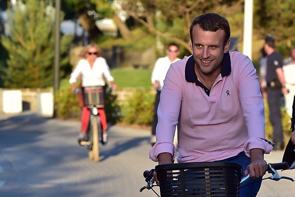 Macron-Lager erreicht absolute Mehrheit