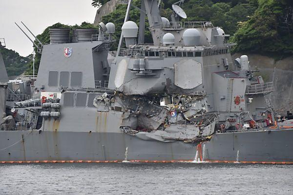 US-Zerstörer kollidierte mit Frachtschiff