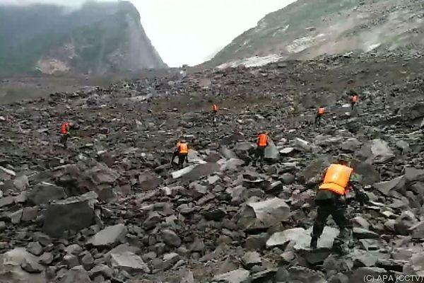 Mehr als 140 Menschen nach Erdrutsch in China vermisst
