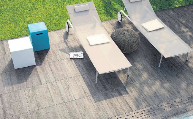 Liegen voll im Trend: Keramische Terrassenplatten bei Tschabrun