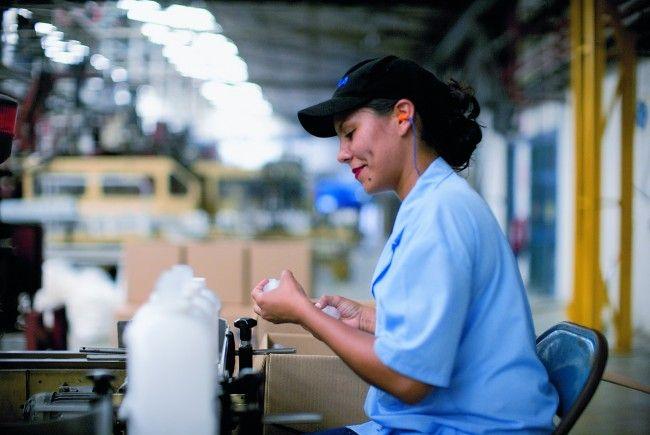 ALPLA, weltweit führender Anbieter von Kunststoffverpackungen, erwirbt 100 Prozent des italienischen Unternehmens Propack Srl.