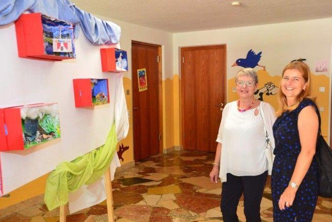 Ausstellungseröffnung Susi Weigel Volksschule Klösterle