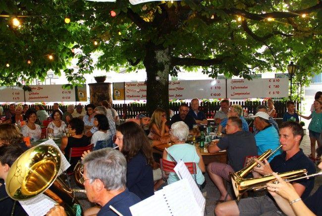 Dämmerschoppen im Gasthaus Harmonie