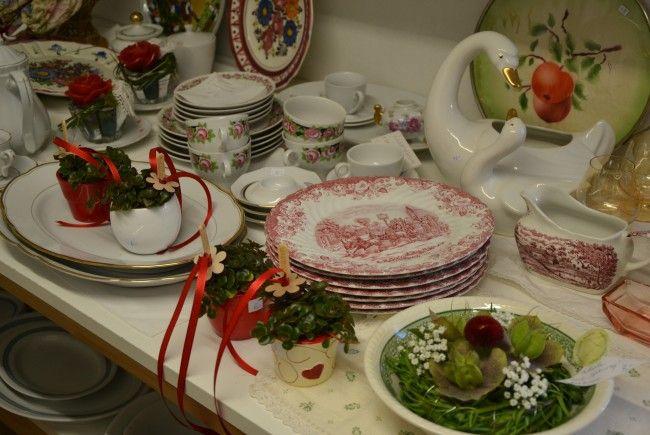 Floristik und Blumiges im Flohmarktlädile – für eine gute Sache