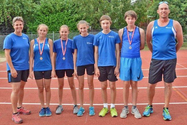 Die Teilnehmer der U14 und U16 MS in Bregenz mit ihren Trainern Sonja Wild-Pöllmann und Gerhard Gmeiner