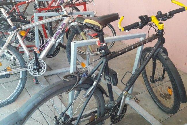 Diese Fahrräder wurden beschädigt.