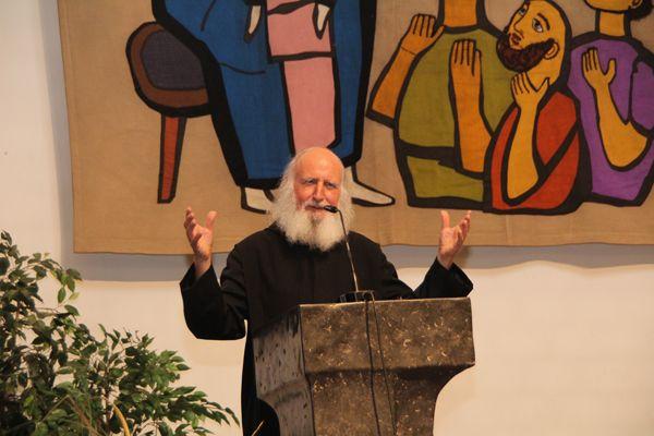 Pater Anselm Grün beim KBV Bürs
