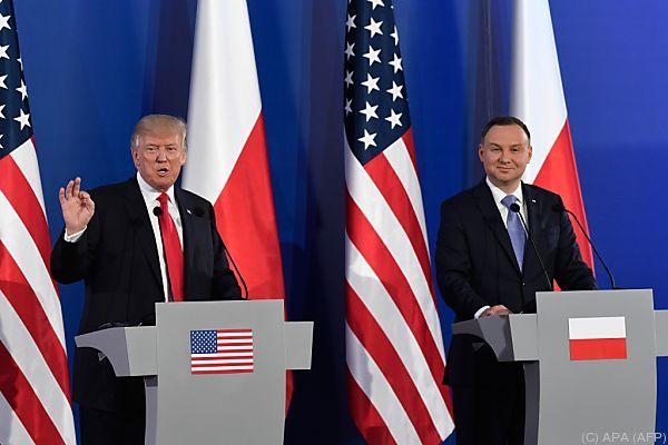 G20/: 'Willkommen in der Hölle' - G20-Protest 'Welcome to Hell' beginnt