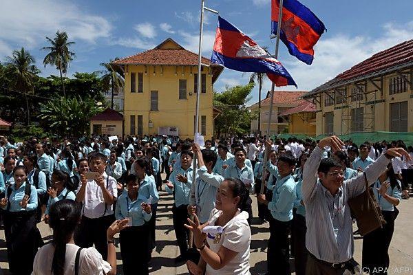 In Kambodscha brach JUubel aus, der Sambor Prei Kuk Tempel ist dabei
