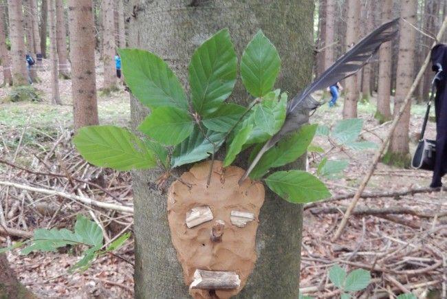 Baumgesicht im Wald