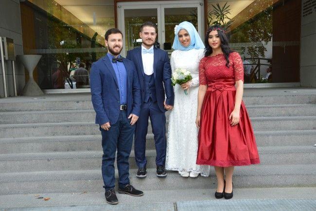 Hatice Öcal und Hüsyin Kanyilmaz haben geheiratet.