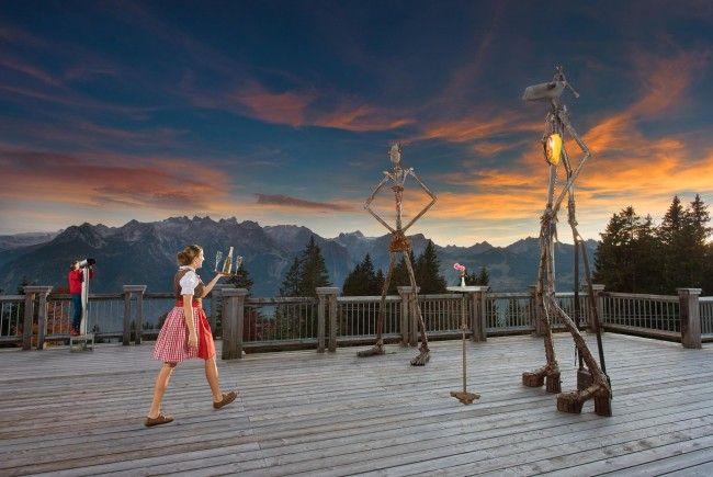 """Das Alpengasthofteam erweitert zu den """"Shakespeare am Berg"""" Aufführungen Ihre Öffnungszeiten bis 21.00 Uhr und serviert warme Küche bis 20.15 Uhr (Symbolbild)"""