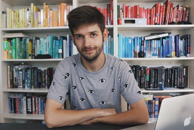 YouTuber Michael Buchinger hat ein Buch geschrieben